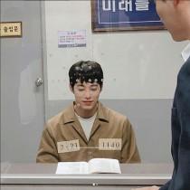 """'스위치' 송원석 """"김실장 나쁜짓 안할께요"""" 여심저격 '미소'"""