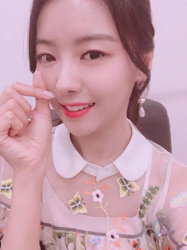 """프리스틴 나영 """"'복면가왕'서 좋은 추억 쌓아 행복, 잊지 못할 것"""""""