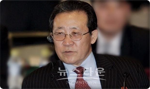 북한 김계관, 일방적 핵 포기 강요하면 북미회담 재고