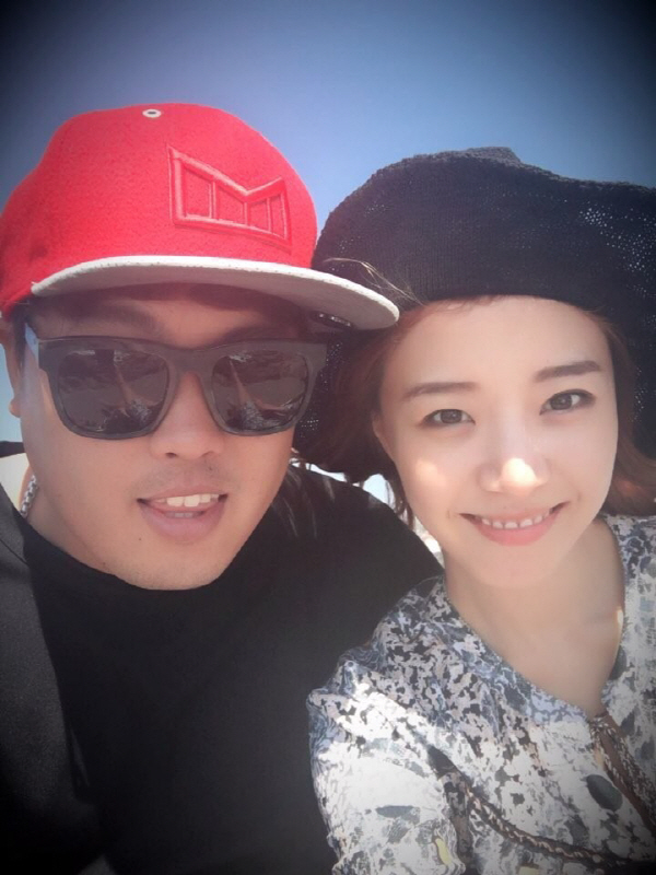 배지현, 류현진과 결혼 전제 열애...소속사가 밝힌 만남 계기 보니