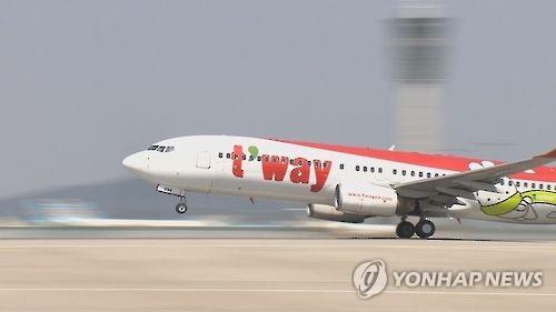 삿뽀로→인천 티웨이항공기, 고장으로 15시간 지연 사태