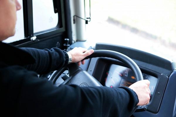 대낮에 음주운전 한 버스기사, 승객에 덜미 잡혀