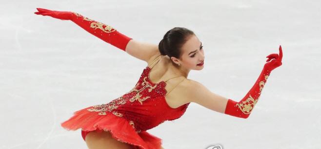 `여자 피겨 최강` 자기토바·메드베데바 뭉쳤지만 우승은 캐나다