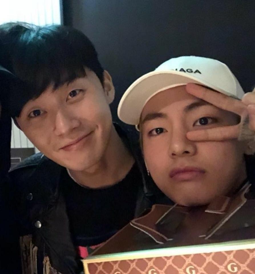 '김비서가 왜그럴까' 박서준, '방탄소년단' 뷔랑 무슨 사이?