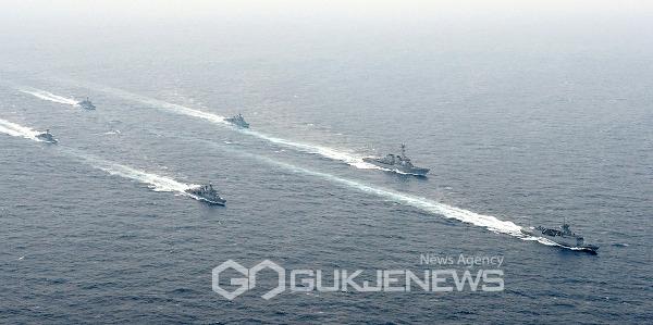 해군,한ㆍ미ㆍ캐나다 3국 연합 해상훈련