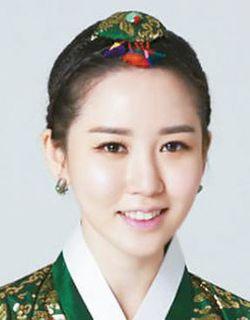 포브스 30세 이하 30인에 한국화가 김현정 선정