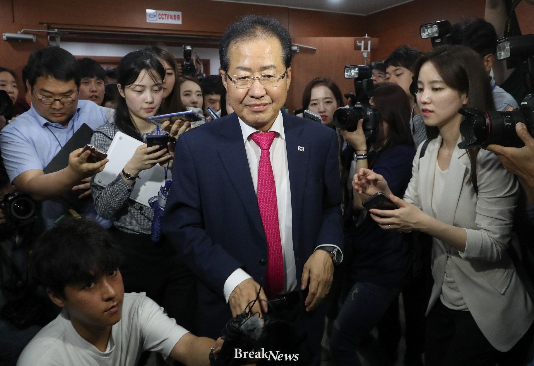 """6.13 민심은 매섭고 무서웠다 """"홍준표-유승민, 대표직 떠나"""""""