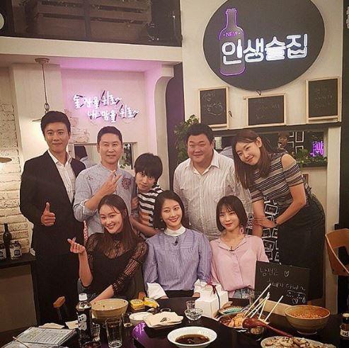 """이혜정, 한혜진-이현이-김수미와 함께 '인생술집' 인증샷 """"남편은 후배가 아니야"""""""