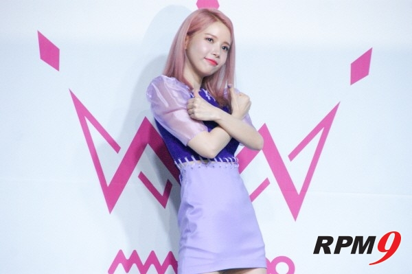 [포토] 마마무 솔라, '솔부기의 허세는 귀엽다'(미니앨범 'purple' 쇼케이스)