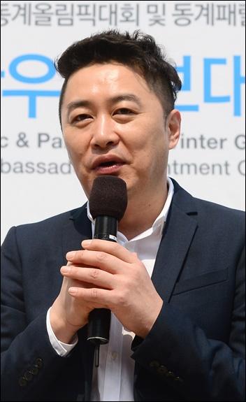 ¨공황장애로 잠정휴식¨… 정찬우 방송 올스톱