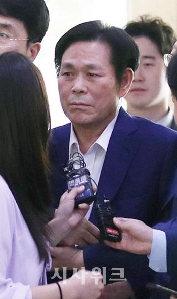 '신도 성폭행 혐의' 이재록 목사, 구속 갈림길