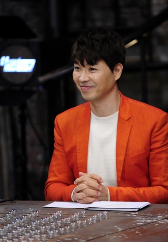 박수홍, 오늘(11일) '언니네 라디오' 출연..송은이 김숙과 케미 기대