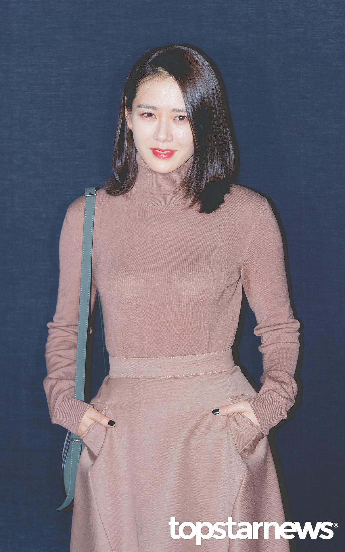 [공식입장] 손예진, JTBC '밥 잘 사주는 예쁜 누나' 출연 확정…5년 만의 안방극장 복귀