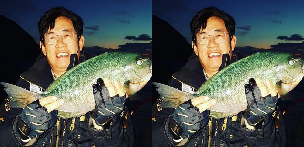 [근황] '도시어부' 이경규, 대물벵에돔 '낚시의 달인'