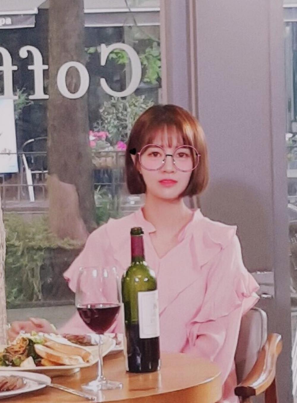 '전생에 웬수들' 최윤영, 촬영 현장 공개…'안경 써도 귀여워'
