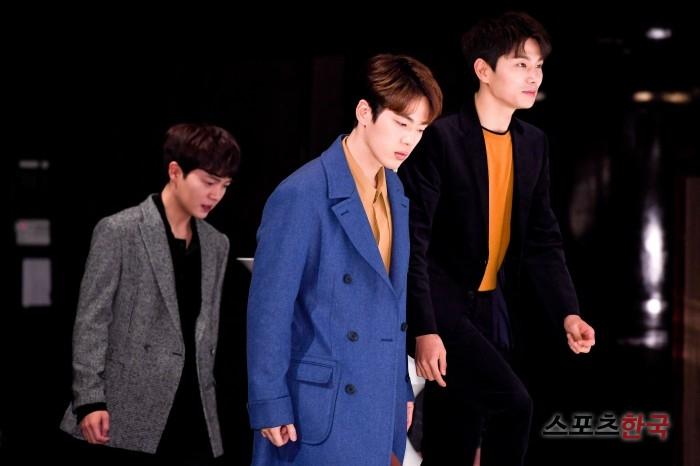 `으라차차 와이키키` 김정현·이이경·손승원, 화보 속 한장면 같은 등장