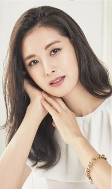 이송정, 유하나가 '싱글와이프'서 외모 1위로 꼽을 만… 과거 사진 보니 美친 미모