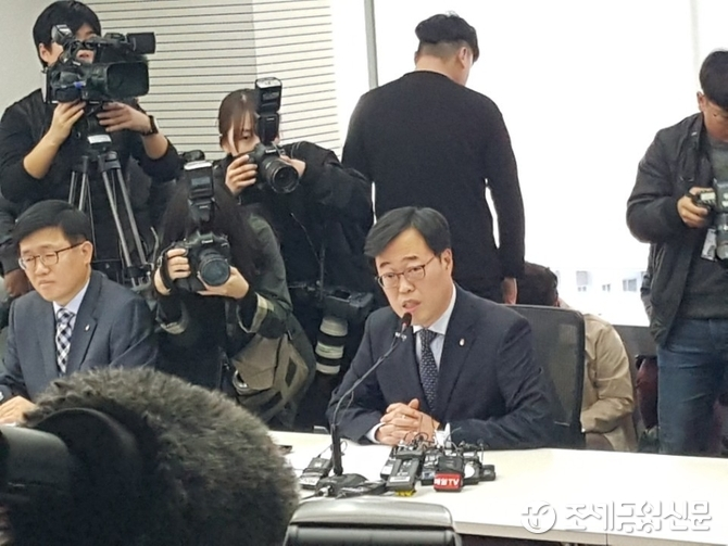 재벌저격수에서 최단명 금감원장으로…김기식 후폭풍 불가피
