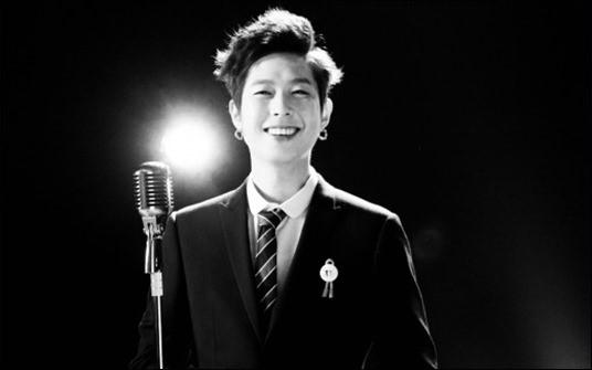고(故) 김한일, 22만 명 제치고 중국 가수왕 오른 '미소왕자'