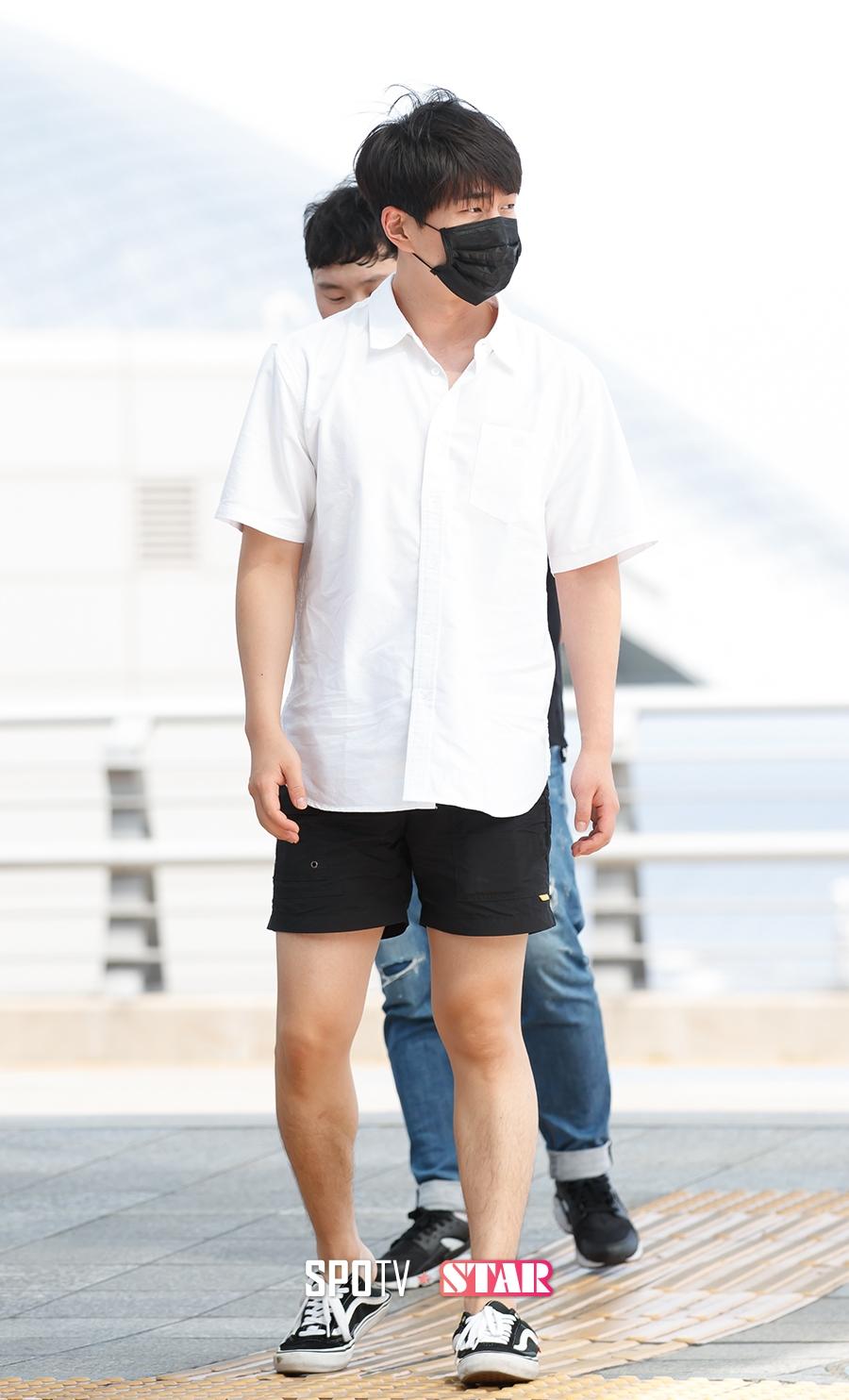 [이슈S] 샤이니 온유, '청춘시대2'에 타격 준 성추행 해프닝