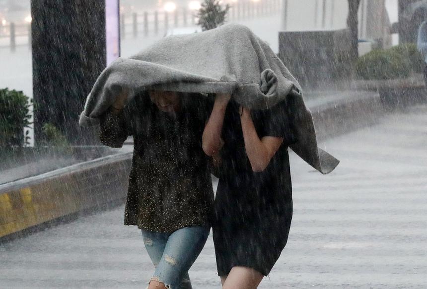 수도권 대낮 기습 폭우…서울 시간당 35mm