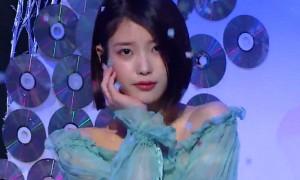신곡 '팔레트'로 3일째 음원차트 올킬한 아이유
