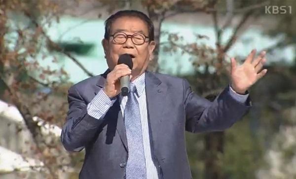 전국노래자랑 송해 진행…아모르파티의 김연자 신토불이의 배일호 박구윤 손빈 소유미 출연