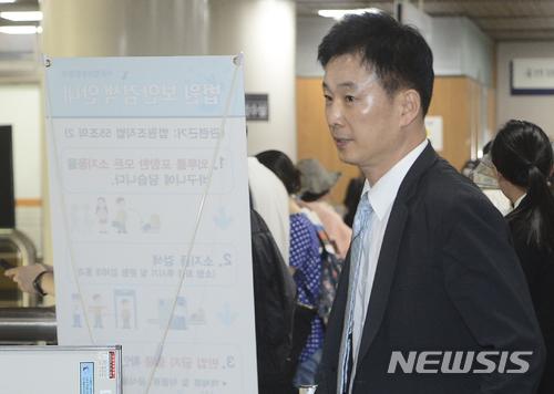 박근혜 전 대통령, 유영하 변호사 선임…각별한 14년 인연의 힘이란