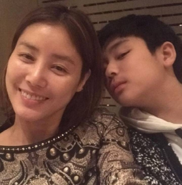 '코빅' 김성령, 훈남 아들과 함께 '훈훈'
