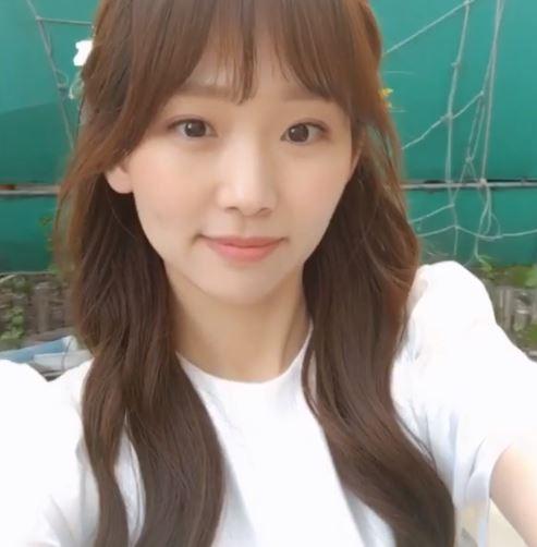 이리와 안아줘 장기용의 파트너 진기주, 남심 사로잡는 촬영현장…'청순 여신 등극'