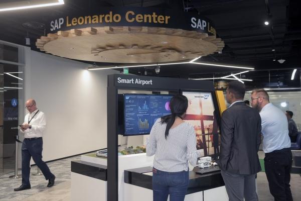 SAP, 싱가포르에 레오나르도 센터 연다