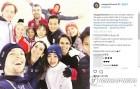 [올림픽] 북한 렴대옥-김주식, 외국선수들과 갈라쇼 합동 훈련 '싱글벙글'