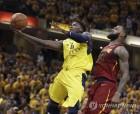 NBA 플레이오프 하위 팀들의 '반격'…나란히 상위 팀 제압