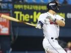 '6월 14홈런' 김재환, 26홈런으로 단독 1위…두산은 50승 선착(종합)