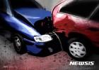 경부고속도로서 화물차 중앙분리대 충돌… 2차 사고 4명 부상