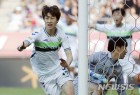 전북, 서울 4:0 대파···전반기 압도적 1위로 마감