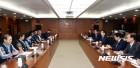 인천공항공사 노조 '부정채용 의혹' 제기…비정규 노조 '공동조사' 요구
