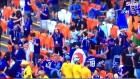 일본 관중, 콜롬비아전 끝나고 경기장 청소…외신 '극찬'