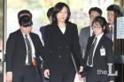 조윤선, '다이빙벨 반대' 보수단체 지원 지시했나?…법정 공방