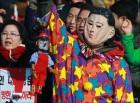 [사진]김정은 가면쓰고 꼭두각시 인형 든 보수단체 회원
