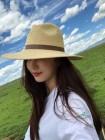 '해맑은 미소'…김사랑, 케냐 봉사활동 사진 공개