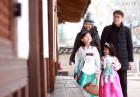 연령 높아지면 우울한 대한민국···나이 들수록 '가족행복도' 낮아져