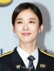 이청아, '노란 리본 뱃지' 시골경찰3