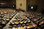 '밀린 숙제하듯' 부랴부랴 벼락치기한 국회