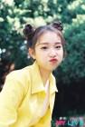 이달의 소녀 막내 여진, 완전체 데뷔 앞서 오디션앱 모델 됐다