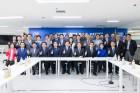 더불어민주당 경기도당, 이재명 경기도지사 후보 사무실에서 '첫 선대위회의' 열어