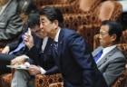 푸틴 만나는 아베, '북한 문제ㆍ쿠릴섬' 테이블 위에