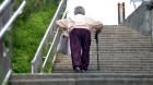 저소득층 '질 나쁜 일자리' 감소…사회·실업안전망 강화 통해 보호