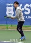 [포토] '케이스위스 테니스 챔피언십' 시범경기하는 전노민