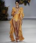 [포토] 걸을 때마다 금빛 물결...상파울루 패션위크
